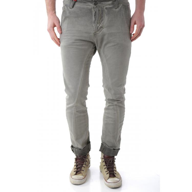 Man Trousers 525
